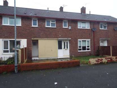 4 Bedrooms Terraced House for sale in Warrenhouse Road, Kirkby, Liverpool, Merseyside, L33