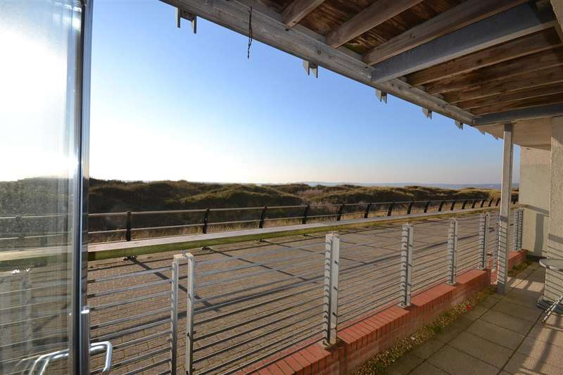 2 Bedrooms Apartment Flat for sale in St Margarets Court, Maritime Quarter, Swansea