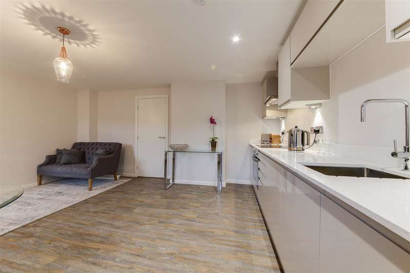 1 Bedroom Apartment Flat for sale in Holcombe Road, Helmshore, Rossendale