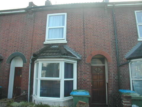 6 Bedrooms Detached House for rent in Lodge Road,