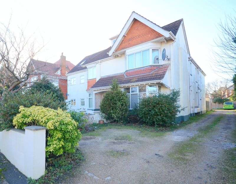 1 Bedroom Flat for sale in Queens Park Gardens, Bournemouth