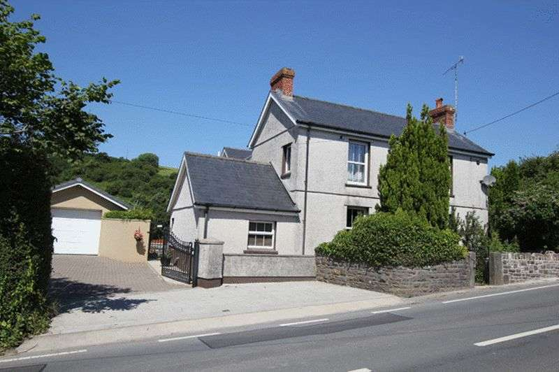 4 Bedrooms Detached House for sale in BROADWAY, LAUGHARNE