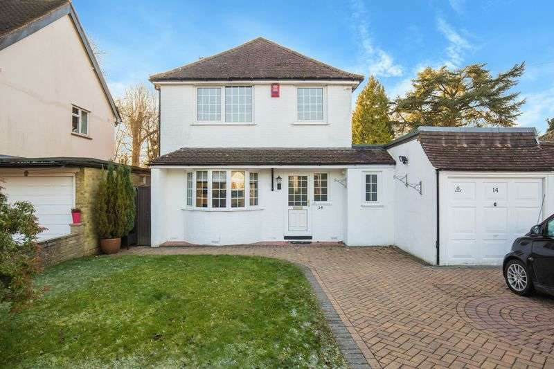 3 Bedrooms Detached House for sale in Mount Avenue, Chaldon