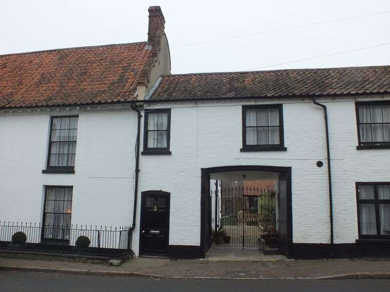4 Bedrooms Detached House for sale in High Street, Norwich
