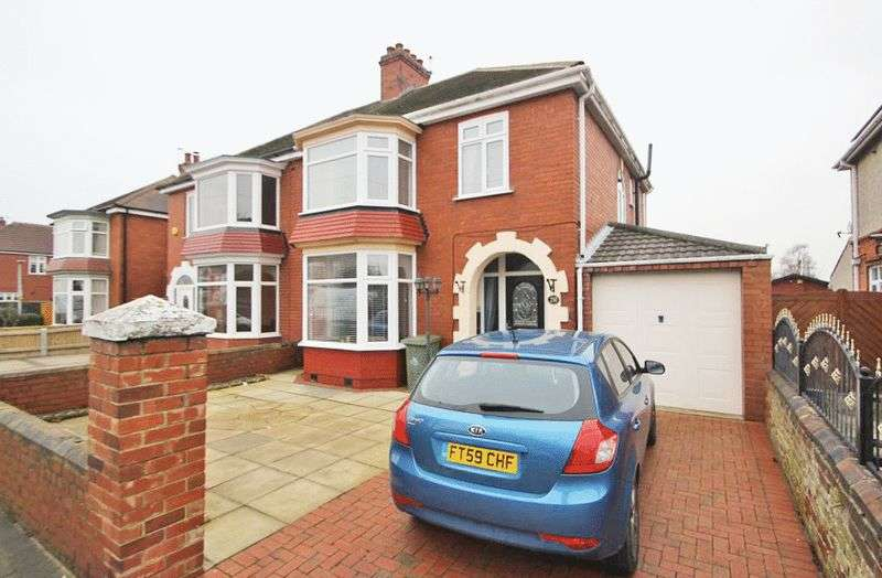 3 Bedrooms Semi Detached House for sale in GRIMSBY ROAD, CLEETHORPES