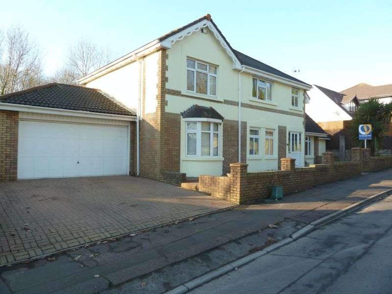 4 Bedrooms Detached House for sale in Romilly Park Road, Barry