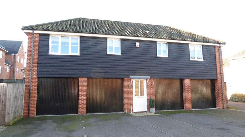 2 Bedrooms Flat for sale in Qwysson Avenue, Bury St Edmunds