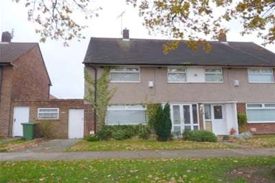 3 Bedrooms Semi Detached House for rent in Clifton Avenue, Eastham