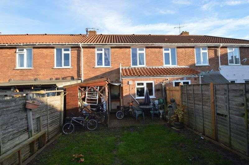 3 Bedrooms Terraced House for sale in Stevenson Road, Near Uea, Norwich