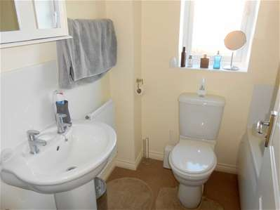 3 Bedrooms Semi Detached House for sale in Bell Lane, The Bridles, Bloxwich