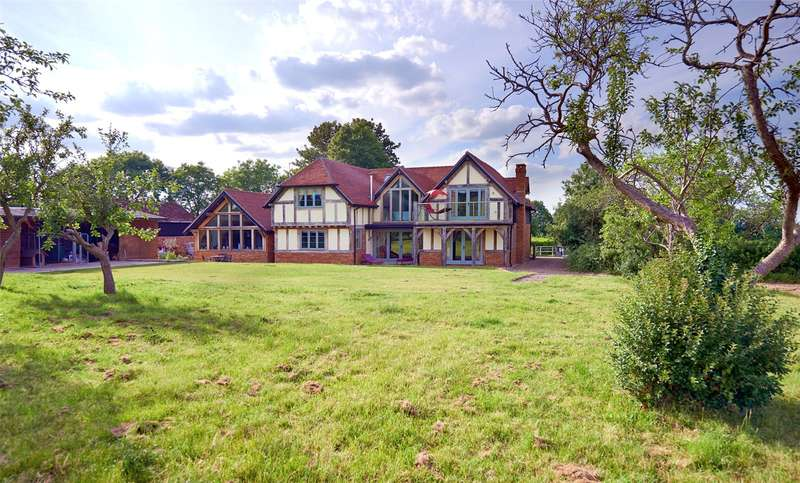 6 Bedrooms Detached House for sale in West Horsley, Nr Guildford, Surrey, KT24
