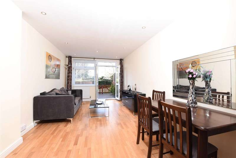 1 Bedroom Flat for sale in Arnal Crescent, London, SW18