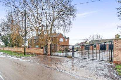 4 Bedrooms Detached House for sale in Water Gate, Quadring, Spalding, Lincolnshire