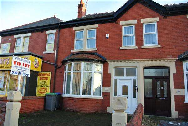 4 Bedrooms Terraced House for sale in Waterloo Road, Blackpool