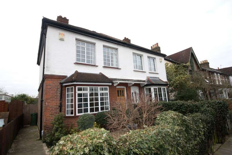3 Bedrooms Semi Detached House for sale in Nightingale Lane, Bickley