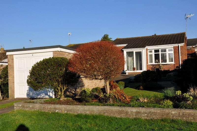 2 Bedrooms Semi Detached Bungalow for sale in 4 Beaufort Gardens, Nailsea