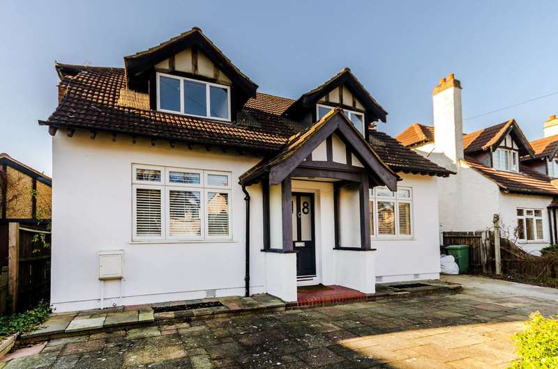 5 Bedrooms House for sale in Connaught Road, New Malden, KT3