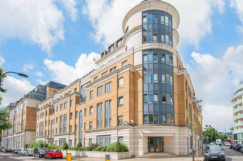 2 Bedrooms Flat for sale in Greville Road, London, NW6