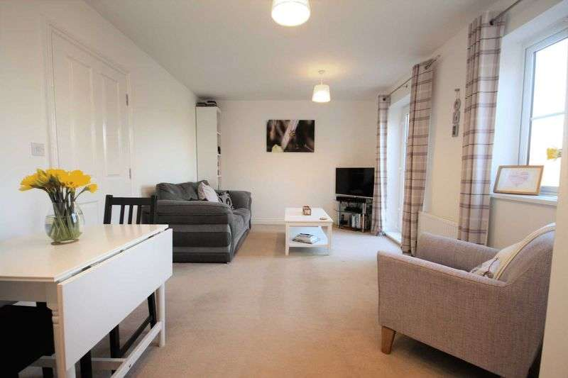 2 Bedrooms Flat for sale in Hylton Avenue, Skelton