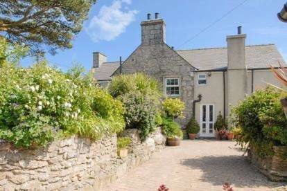 Detached House for sale in Marianglas, Sir Ynys Mon, Anglesey, North Wales, LL73