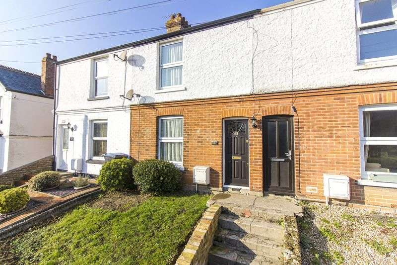 2 Bedrooms Terraced House for sale in Woodnesborough Road, Sandwich