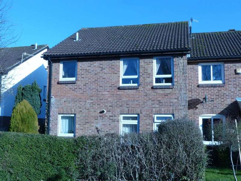 1 Bedroom Flat for sale in Bourne End-Conveniently located Studio apartment
