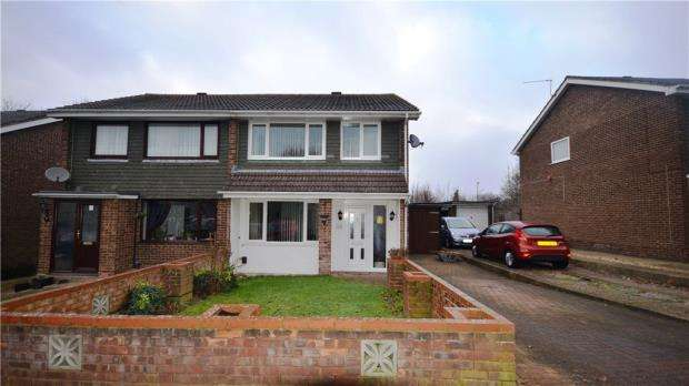 3 Bedrooms Semi Detached House for sale in Coates Close, Basingstoke, Hampshire