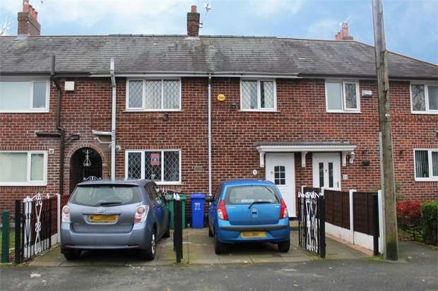 4 Bedrooms Terraced House for sale in Nuffield Road, Manchester