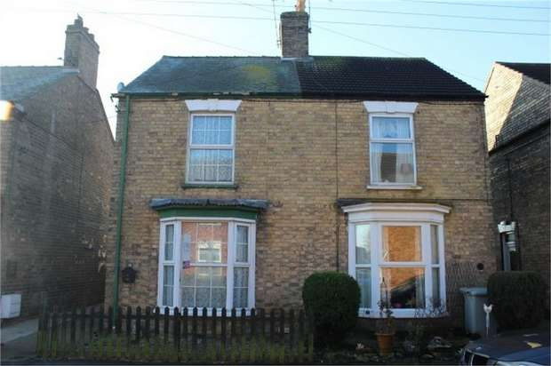 3 Bedrooms Semi Detached House for sale in Bourne Road, Alford, Lincolnshire