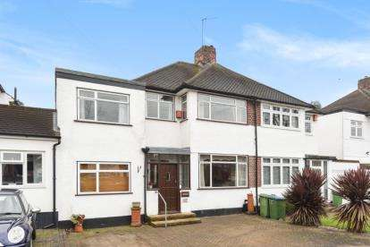 4 Bedrooms House for sale in Domonic Drive, London