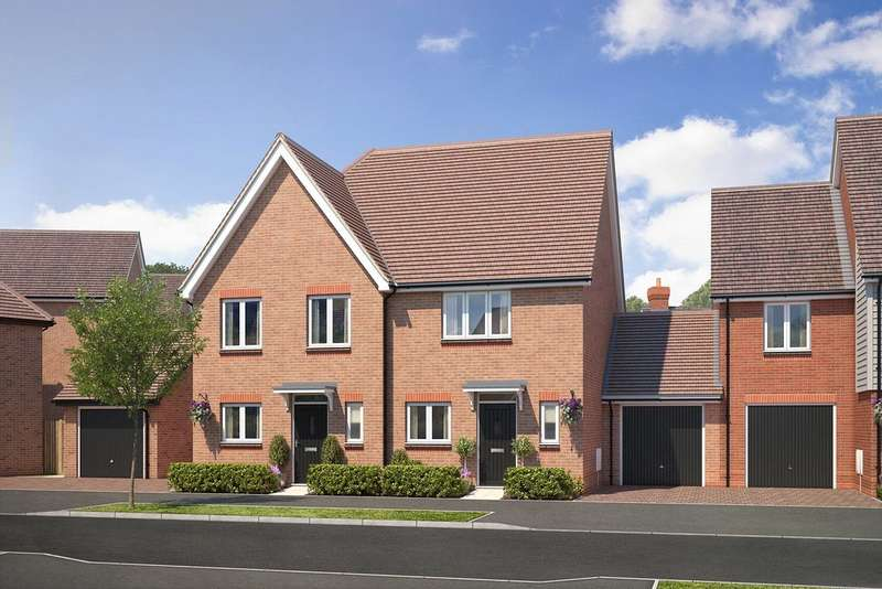 2 Bedrooms Semi Detached House for sale in Cresswell Park, Roundstone Lane, Angmering, BN16