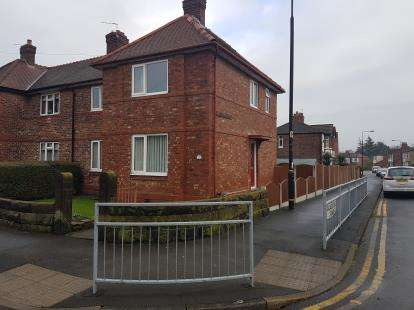 4 Bedrooms Semi Detached House for sale in Hawarden Road, Altrincham, Greater Manchester
