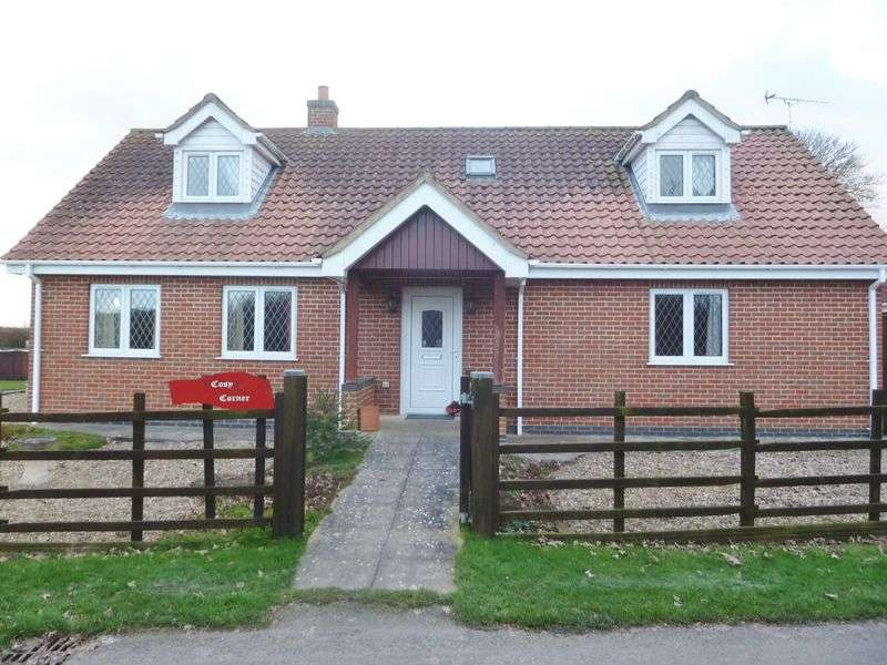 3 Bedrooms Detached House for sale in 3 Bed Dormer Bungalow
