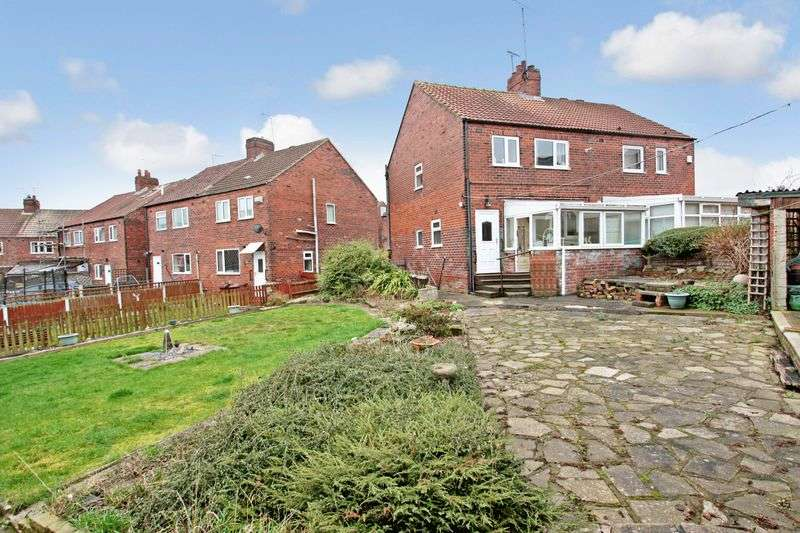 3 Bedrooms Semi Detached House for sale in Kingsway, Pontefract