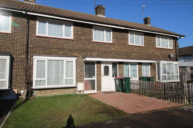 3 Bedrooms Terraced House for sale in Boswell Road, Crawley