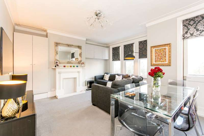 3 Bedrooms Flat for sale in Squires Lane, Finchley Central, N3