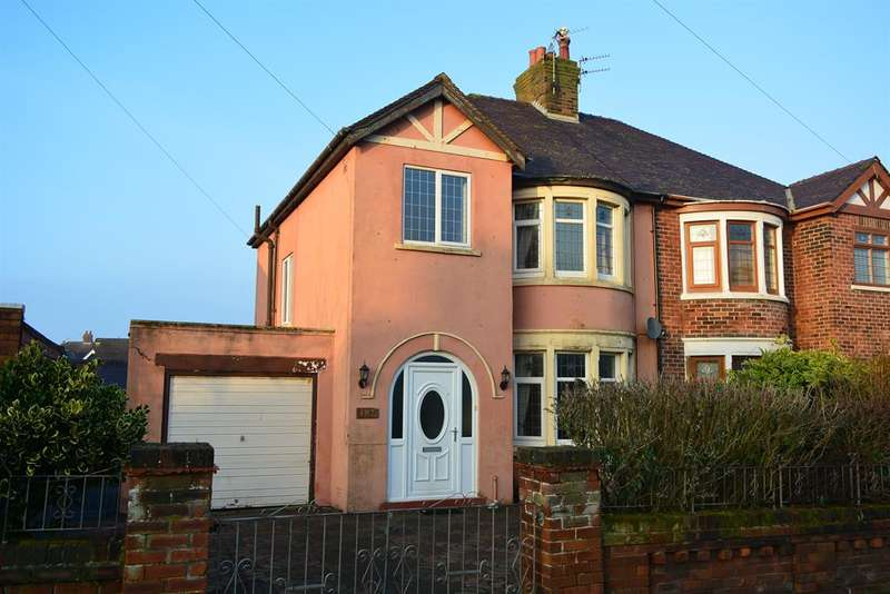 3 Bedrooms Semi Detached House for sale in Cavendish Road, Bispham, Blackpool, FY2 9EE