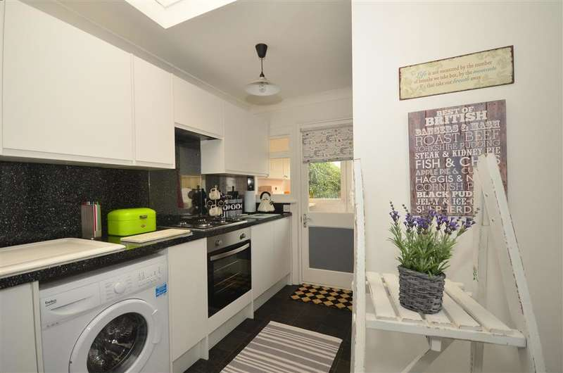 2 Bedrooms Unique Property for sale in Thurston Park, Whitstable, Kent
