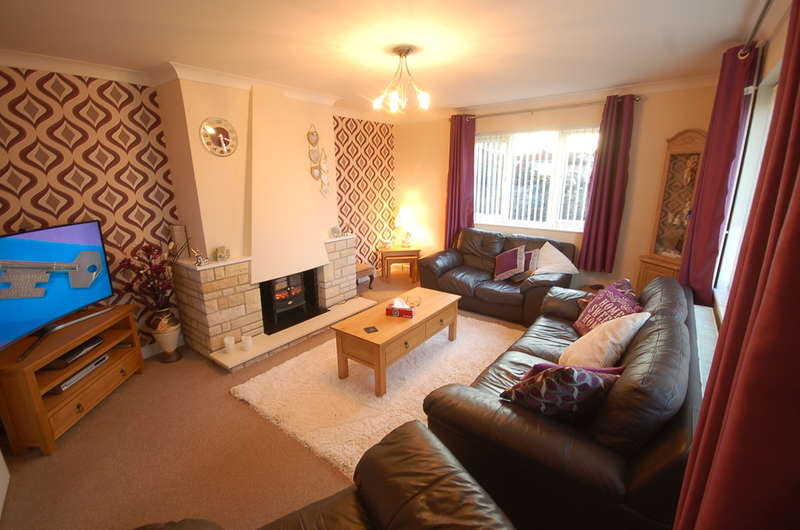 3 Bedrooms Detached Bungalow for sale in Church Road, Brandon