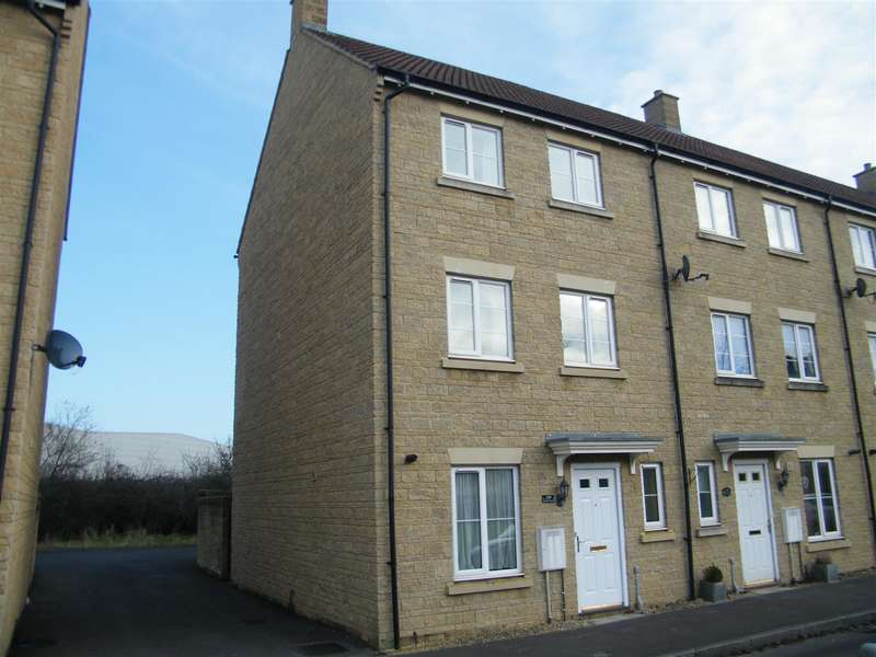 3 Bedrooms Property for sale in Linnet Road, Calne