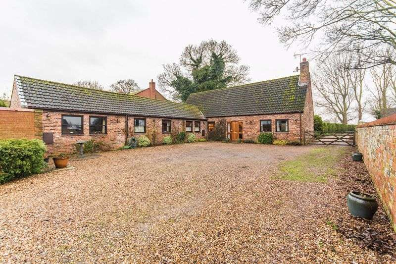 6 Bedrooms Detached House for sale in Station Road, Epworth