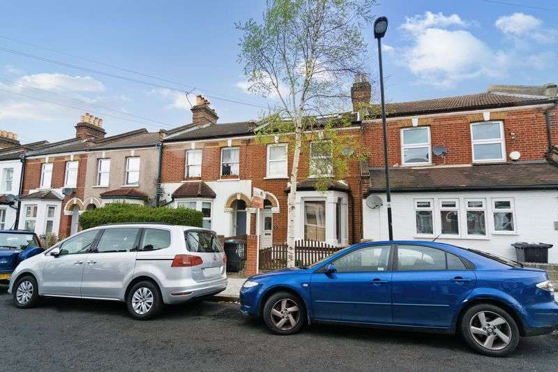 Flat for sale in Ferrers Road, Streatham, London