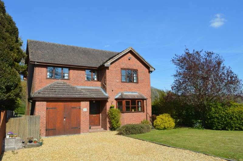 4 Bedrooms Detached House for sale in Ewyas Harold, Herefordshire