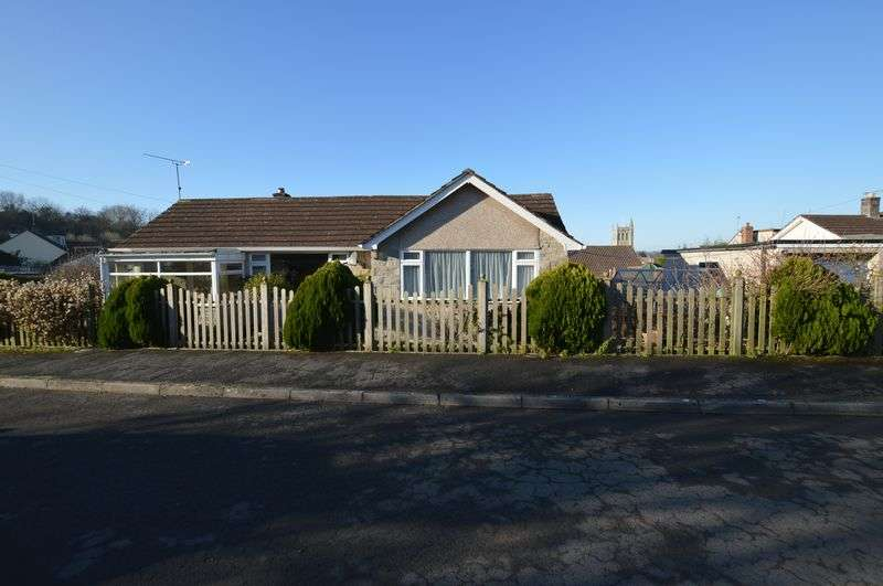 2 Bedrooms Detached Bungalow for sale in Ash Tree Close, Bleadon