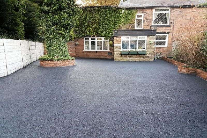 3 Bedrooms Cottage House for sale in Elton Vale Road, Bury