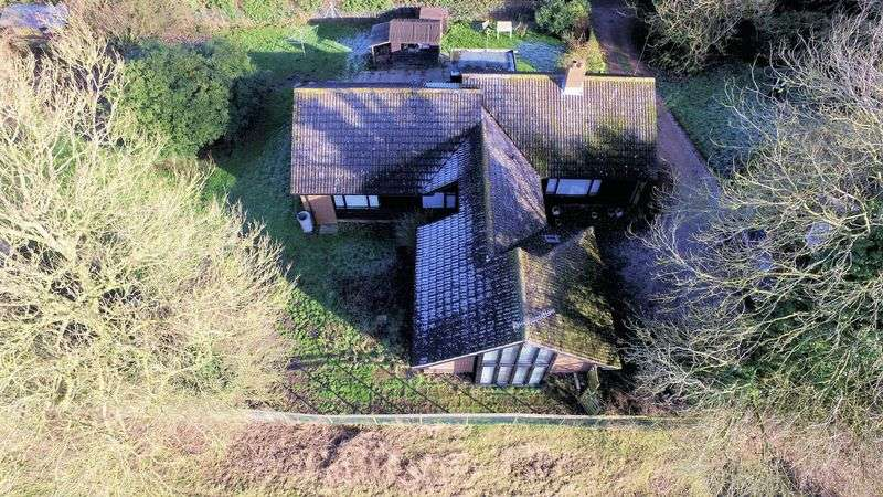 4 Bedrooms Detached Bungalow for sale in Jersey Lane, Petham