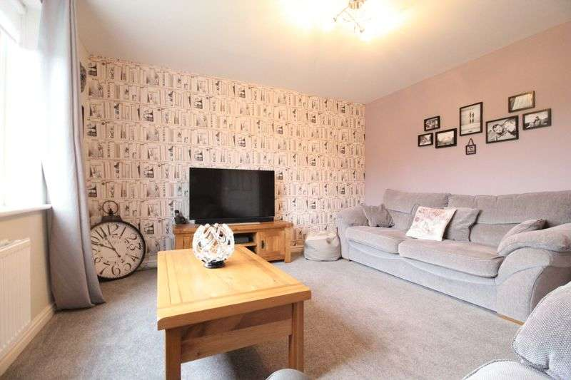 3 Bedrooms Detached House for sale in Woolf Drive, South Shields