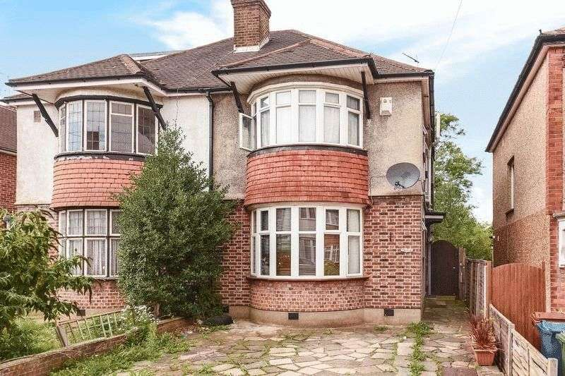 3 Bedrooms Semi Detached House for sale in Durham Road, Harrow