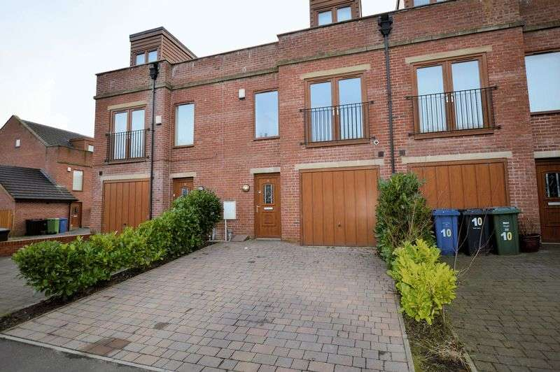 3 Bedrooms House for sale in Proctor Street, Bury