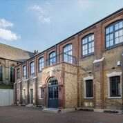 4 Bedrooms Terraced House for sale in Charles Baker Place, London, SW17